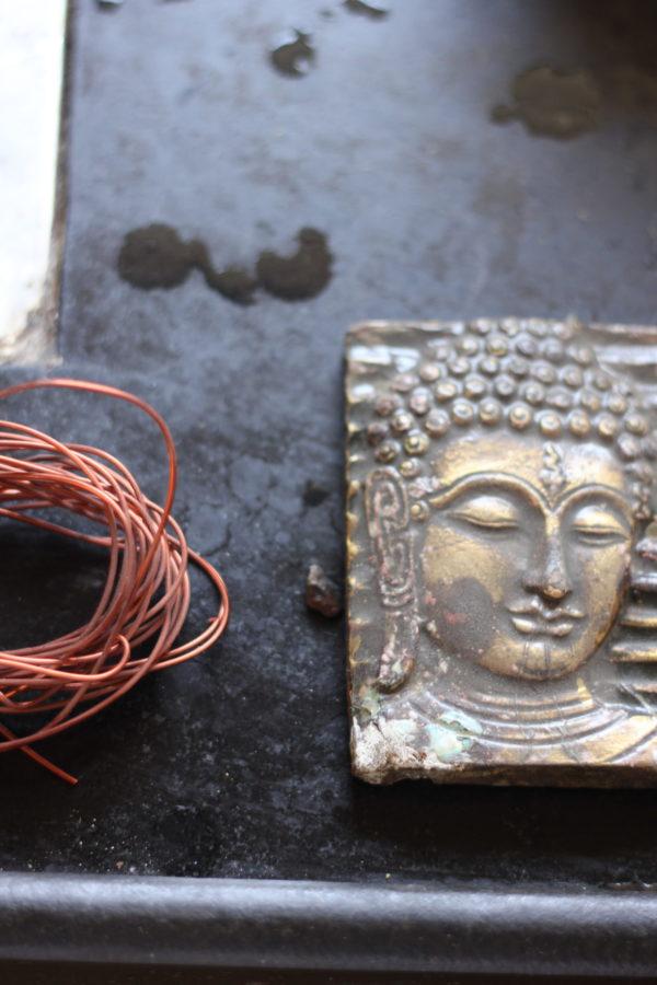 meditating budha